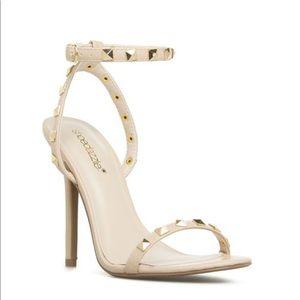 Shoe Dazzle Ketia Sandal